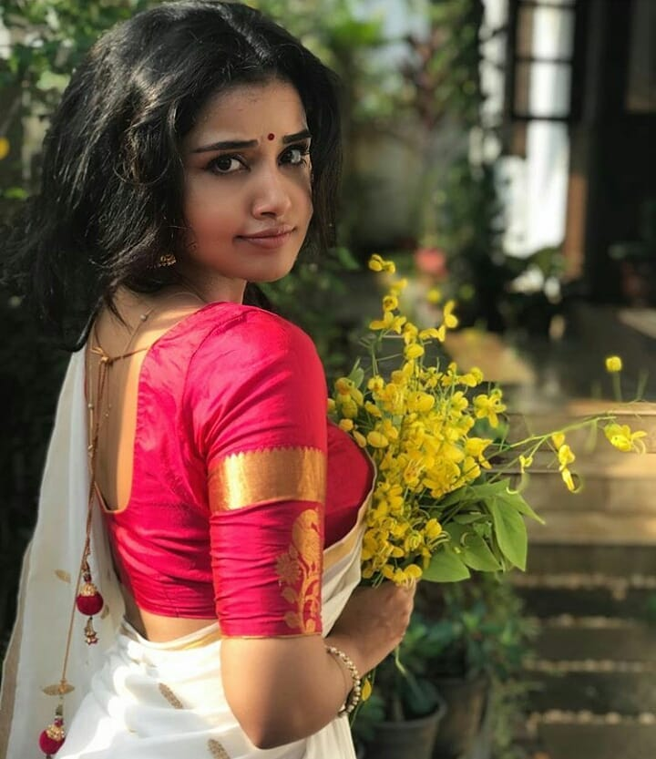 Anupama Parameshwaran Saree Photo