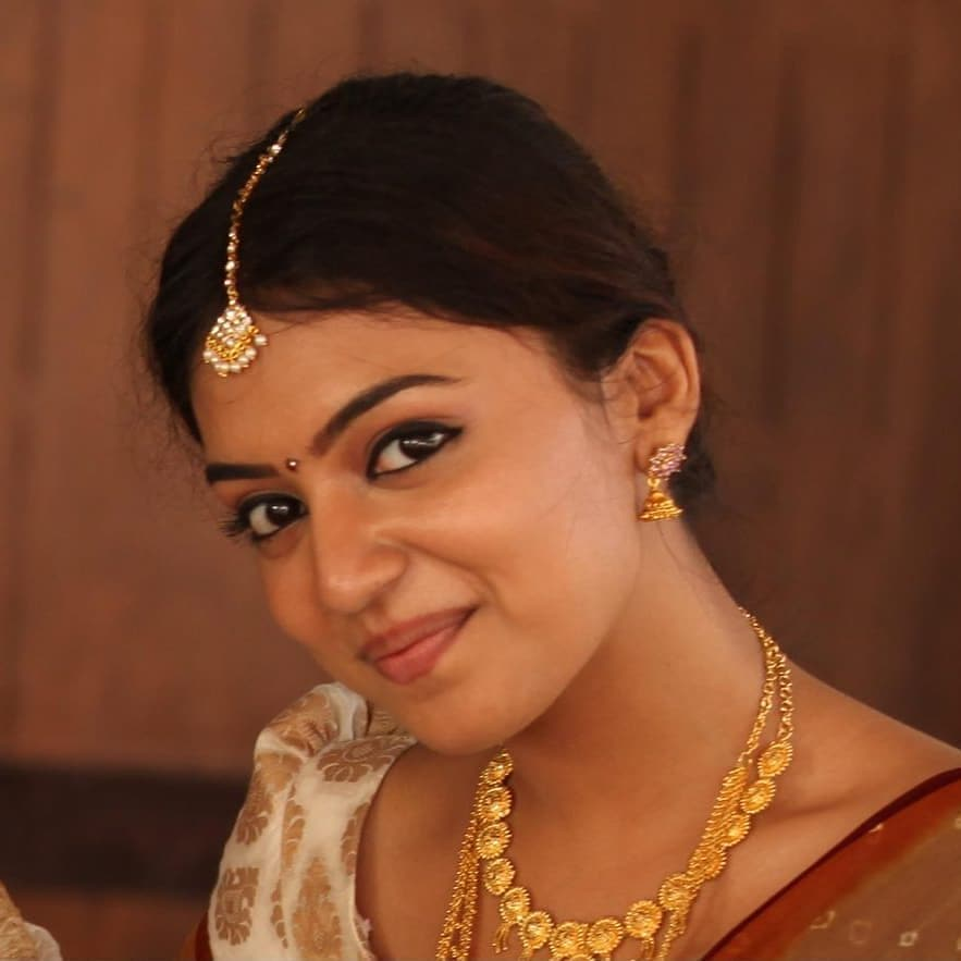 Nazriya Nazim With traditional Look