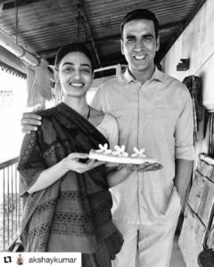 Radhika apte with Akshay kumar